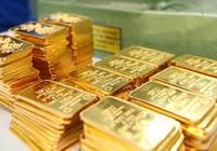 """Chênh lệch giữa giá mua và bán vàng thấp kỷ lục: Người dân đã """"chán"""" vàng?"""