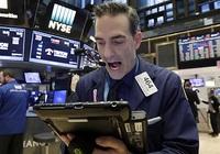 Dow Jones bốc hơi 410 điểm khi các ca nhiễm mới Covid-19 tăng vọt tại Mỹ