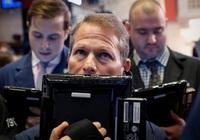Dow Jones giảm 360 điểm khi Mỹ công bố báo cáo việc làm tệ nhất 11 năm
