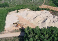 Quảng Ngãi: Chưa được cấp phép, doanh nghiệp tự ý lập bãi tập kết cát khủng