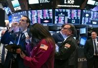 Chứng khoán Mỹ lại tụt dốc, Dow Jones mất 525 điểm