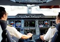 Máy bay nằm chờ, lương phi công, tiếp viên giảm chưa từng có