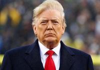Sóng gió chính trường đe dọa đế chế kinh doanh của ông Trump