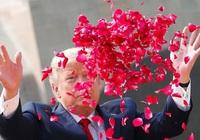 Những bức ảnh ghi dấu ấn của Tổng thống Mỹ Donald Trump trên chính trường thế giới