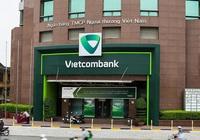 Lãi thuần từ hoạt động dịch vụ của Vietcombank tăng đột biến 247% trong Quý IV/2020