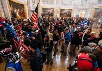 Vì sao chứng khoán Mỹ tăng chạm đỉnh bất chấp bạo loạn tê liệt điện Capitol?