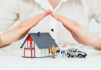 """Cấm """"ép"""" khách, kinh doanh bảo hiểm tại các ngân hàng hiện nay ra sao?"""