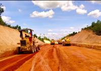 Hai dự án thành phần cao tốc Bắc - Nam nguy cơ chậm tiến độ