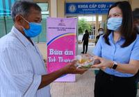 Quảng Nam: Công ty Điện lực trao 250 suất ăn cho bệnh nhân nghèo nhân ngày kỷ niệm phụ nữ 8/3
