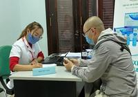 Clip: Vắng vẻ ngày đầu tuyển tình nguyện viên thử nghiệm vắc xin Covid-19 thứ 2 của Việt Nam