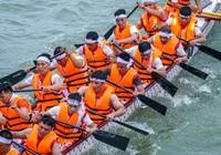 Phú Thọ: Sôi nổi, kịch tích đến phút chót tại giải đua bơi chải chào mừng ngày giỗ Tổ Hùng Vương
