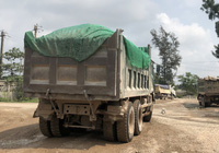 TT-Huế: Lợi dụng khai thác đất thải để múc đất sét bán cho nhà máy gạch