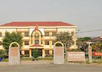 """Quảng Ngãi họp xử lý vụ """"xã này sang """"trồng"""" trụ điện ở xã kia mà chưa xin phép"""""""