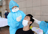 Ảnh: Quang Hải, Công Phượng được xét nghiệm Covid-19 sau khi tập trung lên tuyển
