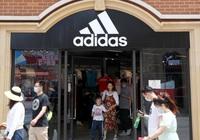 Doanh số Adidas tăng vọt bất chấp lời kêu gọi tẩy chay ở Trung Quốc