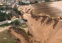 """Những bức ảnh cháy rừng, ngập lụt thể hiện sự """"tàn phá khủng khiếp"""" của biến đổi khí hậu"""