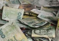 Đồng baht Thái trượt giá nghiêm trọng khi du lịch trì trệ, kinh tế lao đao
