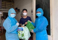 Đà Nẵng: Trao 1.400 suất quà đến các gia đình khó khăn do ảnh hưởng Covid-19