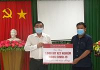 Agribank Cần Thơ ủng hộ 1.000 bộ kit xét nghiệm virus Covid-19
