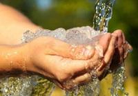 Khẩn trương xem xét giảm giá nước sạch sinh hoạt cho dân
