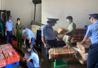 1.621 kg thịt và thủy sản đông lạnh bao gói sẵn mua bán trôi nổi, phi pháp trên thị trường