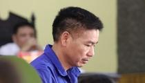 """Xử vụ gian lận điểm thi ở Sơn La: """"Bị cáo không được ngủ, nghỉ khi ở CQĐT"""""""