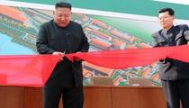 Clip: Ông Kim Jong Un xuất hiện sau gần 3 tuần