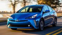 Toyota đạt mốc 15 triệu xe động cơ lai hybrid trên toàn cầu