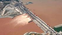 Đường thủy qua đập Tam Hiệp quá tải, Bắc Kinh bị hối thúc làm ngay điều này
