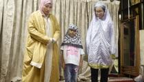 Bên trong thánh đường Hồi giáo duy nhất ở miền Bắc (Phần 2): Khi phụ nữ Việt Nam lấy chồng theo đạo Hồi
