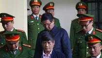 Hai cựu tướng Phan Văn Vĩnh, Nguyễn Thanh Hóa nộp đủ 900 triệu đồng thi hành án