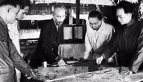 Đại tướng Võ Nguyên Giáp và những khoảnh khắc lịch sử ở Điện Biên Phủ