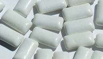 Bộ Quốc phòng Nga đang phát triển thuốc chữa Covid-19 dưới dạng kẹo cao su