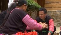 Độc đáo món bánh không thể thiếu trong ngày tết của người Mông