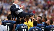 HLV Deschamps: 6 năm 2 trận chung kết, 1 cúp vàng World Cup