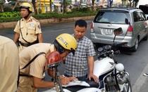 Những lỗi vi phạm nào bị tước giấy phép lái xe từ 1-3 tháng?