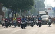 Đường phố tấp nập, quán ăn, cà phê, công ty mở cửa đón nhân viên, Sài Gòn như hồi sinh