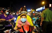 """Người dân hồi hương sau """"30 tết"""": Hẹn trở lại Sài Gòn vào một ngày sớm nhất"""
