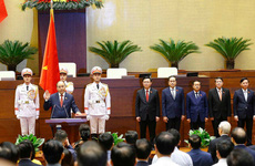 [TRỰC TIẾP] Lễ tuyên thệ nhậm chức của Chủ tịch nước Nguyễn Xuân Phúc