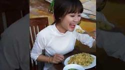 Troll gái xinh lúc ăn