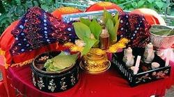 Ăn trầu thăm dò ý tứ trước lễ cưới của người Khmer