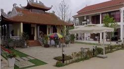 Chiêm ngưỡng khu nhà vườn trồng rau, nuôi gà của ca sĩ Việt Hoàn