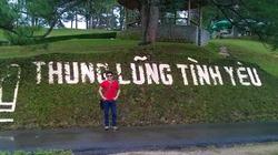 Thong dong Thung lũng Tình Yêu trong nắng nóng ngày hè
