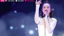 Màn trình diễn quá tuyệt vời trên sân khấu nước bạn, chẳng thua kém bất cứ sao Hàn Quốc nào