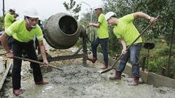 Đồng Lâm tài trợ 2.100 tấn xi măng xây dựng đường giao thông nông thôn Huế