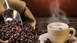 Tồn kho giảm đẩy giá cà phê tăng, hồ tiêu ngắt đà lao dốc