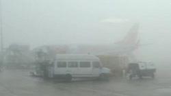 Sương mù dày đặc, nhiều chuyến bay 29 Tết chưa thể cất cánh