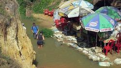 Thắng cảnh Suối Tiên ô nhiễm, nhếch nhác lâu ngày chưa được khắc phục