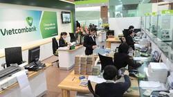 Vietcombank: Lợi nhuận tăng sốc, lương giảm dần đều