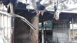 Hòa Bình: Xót lòng 1 cháu bé tử vong trong vụ cháy 4 ki ốt ở chợ